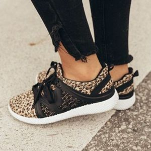 Shoes - MEOW Sneakers